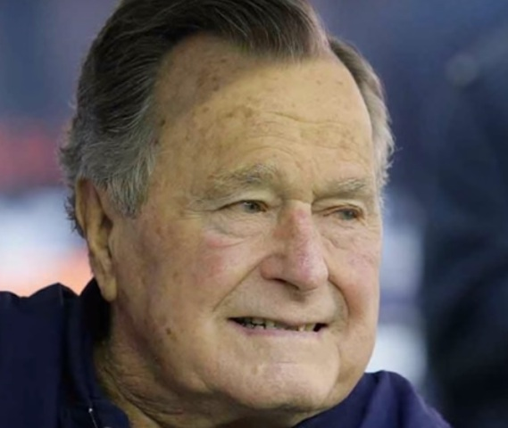 George H.W. Bush Allegedly Says he will Vote for Hillary Clinton