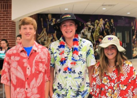 Spirit Week — Tacky Tourist Tuesday