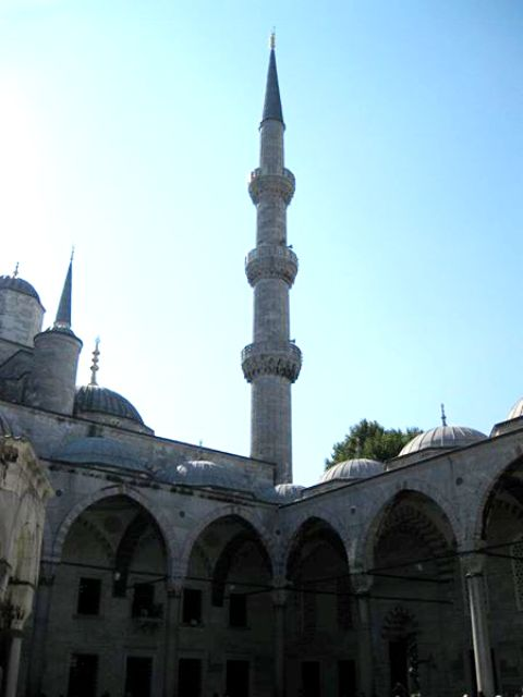 One+of+the+astounding+minarets+rises+from+the+Blue+Mosque%2C+located+in+Istanbul%2C+Turkey.++These+works+of+architecture+show+the+remnants+of+the+beauty+and+innovation+of+the+Islamic+nation.