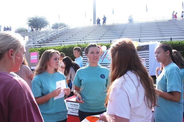 Senior Sarah Hubbard explaining what Y-club is all about.