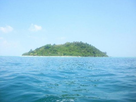 (Google photo) This picture represents the island in which Bianca and her friends were trapped on after being pulled out to sea.