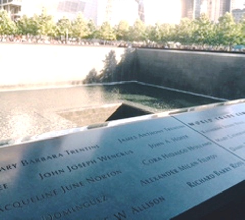 This structure is one of the two memorials built in place of the Twin Towers in Manhattan, New York City.