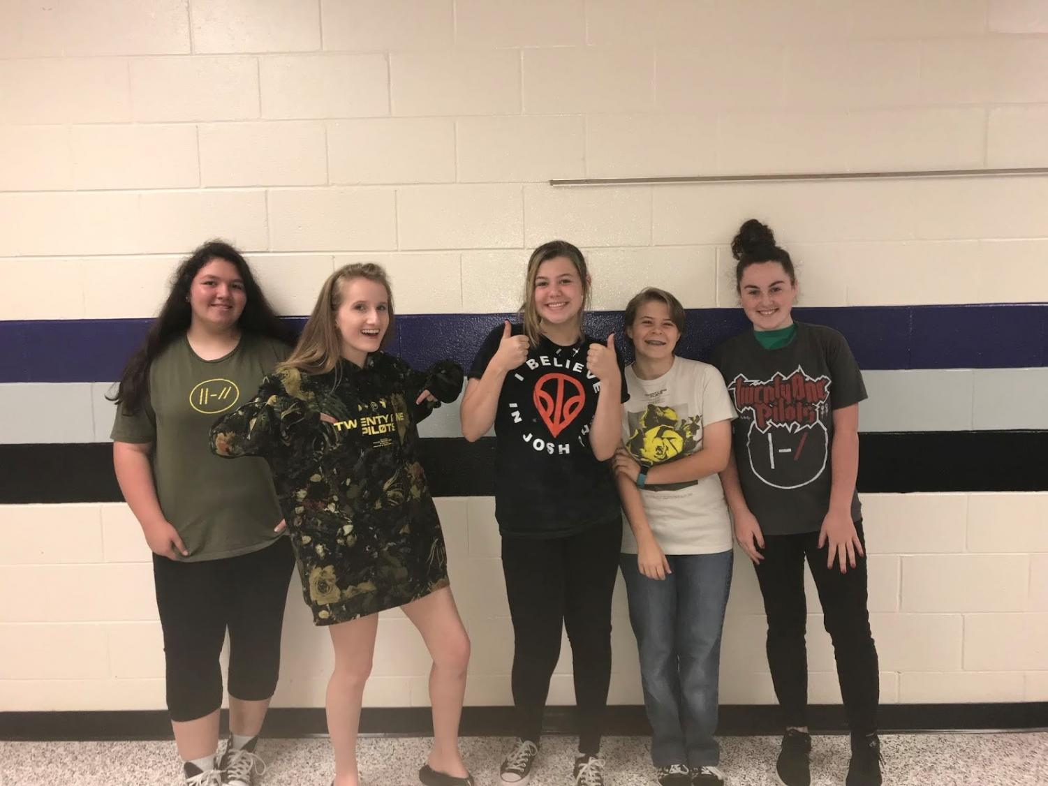 "Local Raiders Andrea Escobar, Cynda Allen (myself), Emily Prior, Jewel Reynolds, and Cassidy Cannon are showing their love and support for Twenty One Pilots and their newest album ""Trench."""
