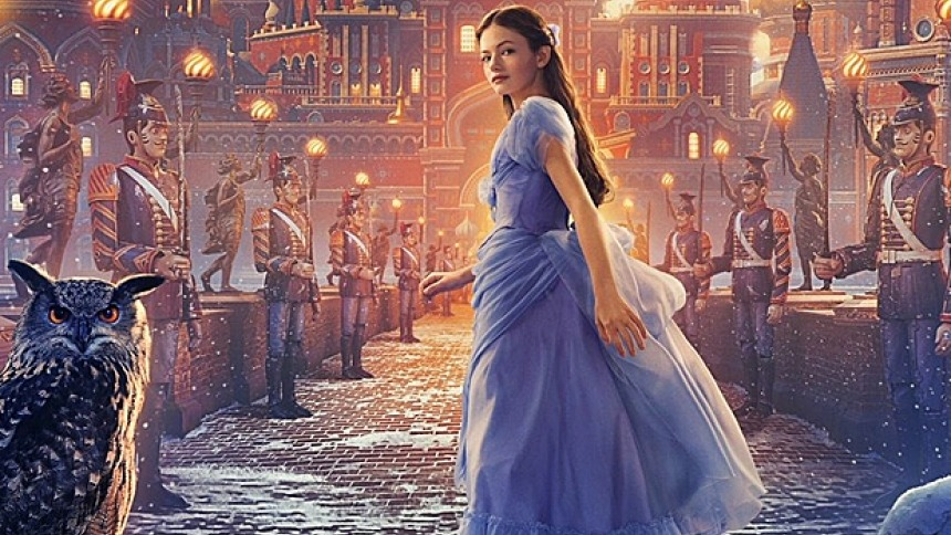 Mackenzie Foy, who plays Clara, goes on a journey to find a key that will open the gift her late mother left her for Christmas, leading her to a world of four realms that she never knew existed. Photo from comicbook.com.