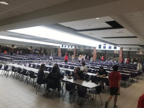 Lunch here at North Forsyth High School should be extended. It is too short and there is hardly any time to eat and work on homework.